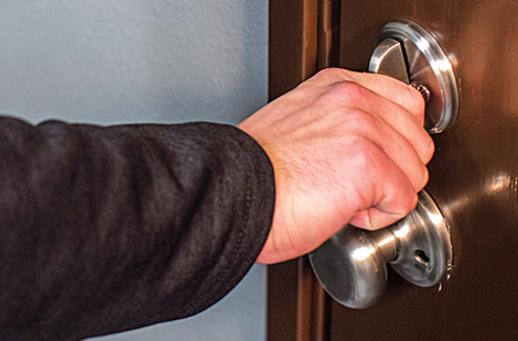 4 Holiday Home Security Tips