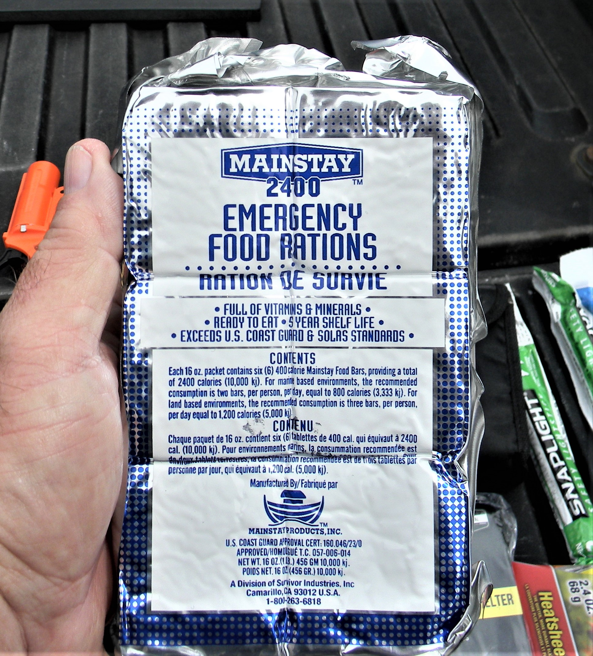 Vacuum-sealed emergency food rations